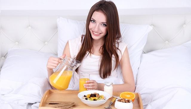 La importancia de un desayuno completo por la mañana