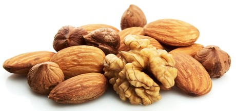 frutos-secos-almendras-y-nueces